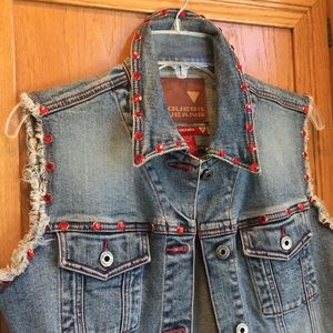 Stunning Guess Denim Vest w/Red Jeweled Studs Sz M